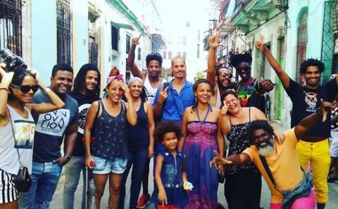 https://i1.wp.com/i2.cmail19.com/ei/y/3B/821/1A1/130524/csfinal/Cuban-Artists-HOME-600x371-9900000000028a3c.jpg