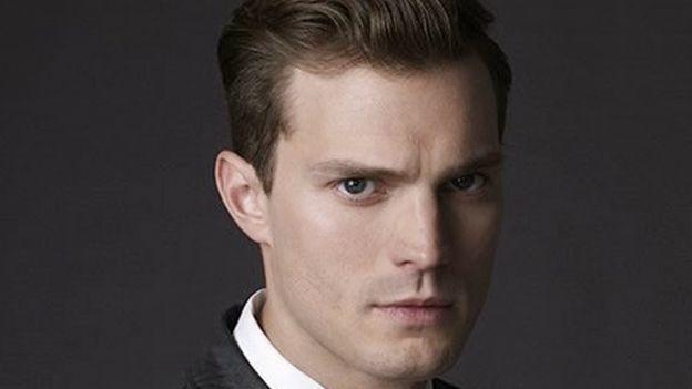 ¿Presumido? Actor de '50 Sombras de Grey' impacta con su 'paquete'