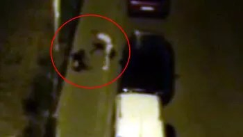 Kadına sokak ortasında tekme ve tokatlı saldırı