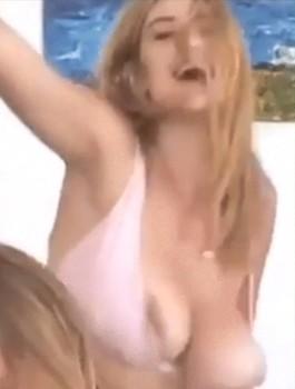 Alicia Davis Nip Slip Instagram Story 2018 Naked without Clothes Model XXX