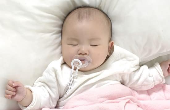 嬰兒睡眠:睡眠訓練對寶寶好嗎? - 每日頭條