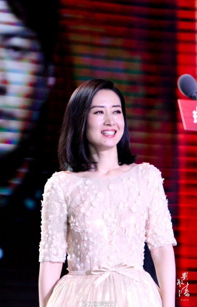 偽裝者里的明鏡 現實里的劉敏濤 所有人心目中最喜愛的大姐 - 每日頭條