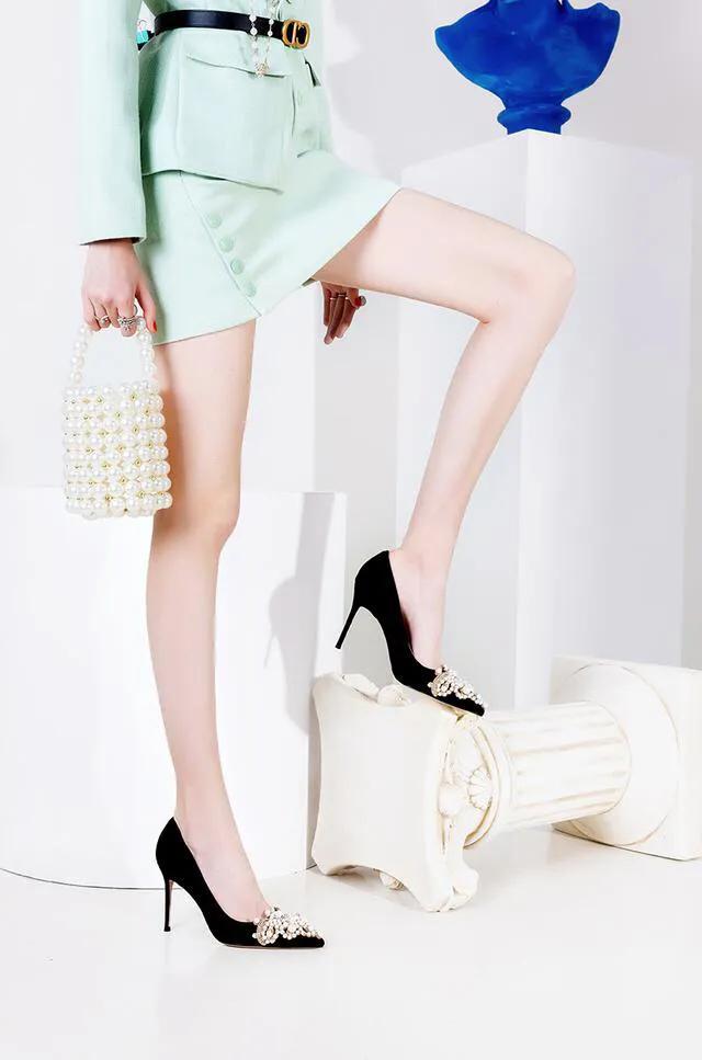 優越感強,氣場都能壓死人,配上這四款高跟鞋彰顯射手女獨有魅力 - 每日頭條