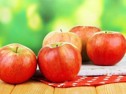 晚上吃蘋果會長胖嗎 蘋果什麼人不能吃 - 每日頭條
