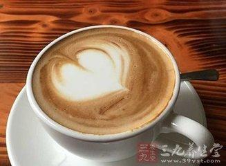 男子過度飲咖啡因死亡 過量喝咖啡有6大危害 - 每日頭條