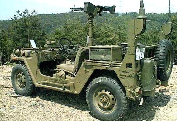《創世戰車》揭秘:50年前M151軍用輕型吉普車「水戰」這麼猛 - 每日頭條