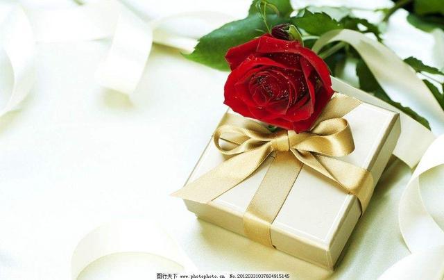 送媽媽什麼生日禮物好最實用?了解這些,你的孝心媽媽知道 - 每日頭條
