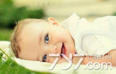新生兒可以喝葡萄糖水嗎 不需要刻意以葡萄糖水餵食 - 每日頭條