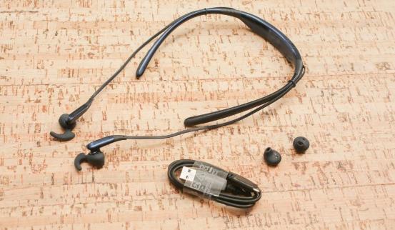 運動藍牙耳機推薦:2018最受歡迎入耳式耳機排行 - 每日頭條