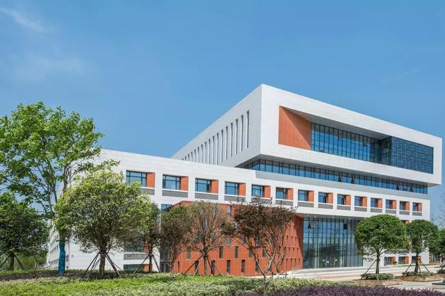 中國地質大學(武漢)新校區亮相,57萬平方米,38棟單體 - 每日頭條