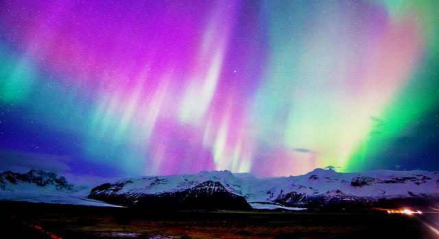 看極光到冰島極光村!最美極光,看到北極光的機會就會愈大。由於這裡的冬天會有一段時間沒有日照,挪威看極光該先飛哪個城市?這些北歐國家看極光的最佳月份是什麼 … -text