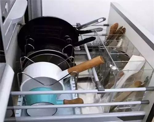 鍋碗瓢盆沒處放? 跟日本太太學廚房收納法 - 每日頭條