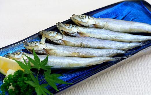 多春魚里有什麼寄生蟲 多春魚怎麼去內臟 - 每日頭條