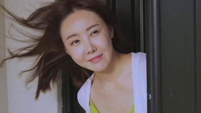 韓國經典電影《媽媽的朋友》美麗少婦是如何愛上小鮮肉的 - 每日頭條