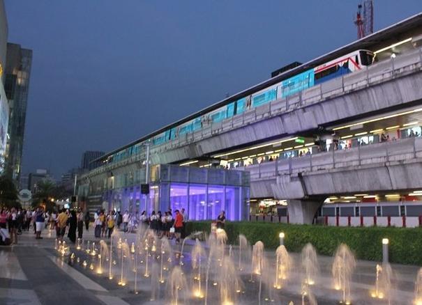 曼谷旅遊購物攻略,大賣場,小商品這裡應有盡有 - 每日頭條