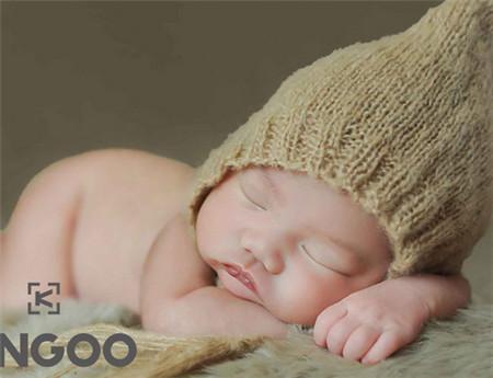 新生兒可以喝溫開水嗎 寶寶多大開始喝水 - 每日頭條