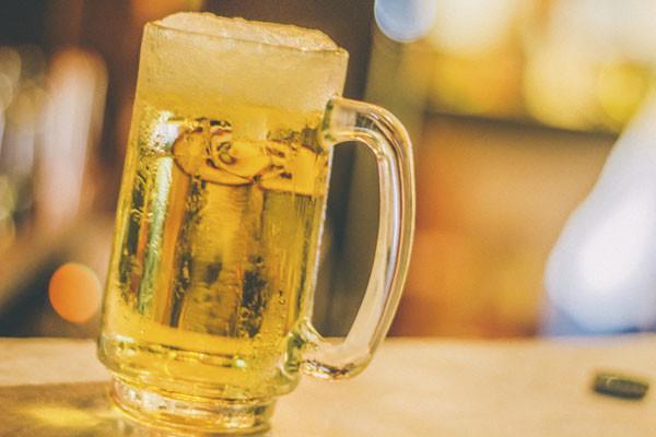 喝多少才算是「過量飲酒」?酒量能不能鍛鍊出來? - 每日頭條