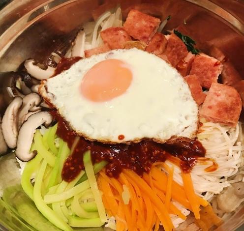 超級好吃的自製拌飯怎麼做 自製韓國拌飯的做法圖解 - 每日頭條