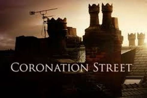 Coronation Street star confesses she collapsed on set ...