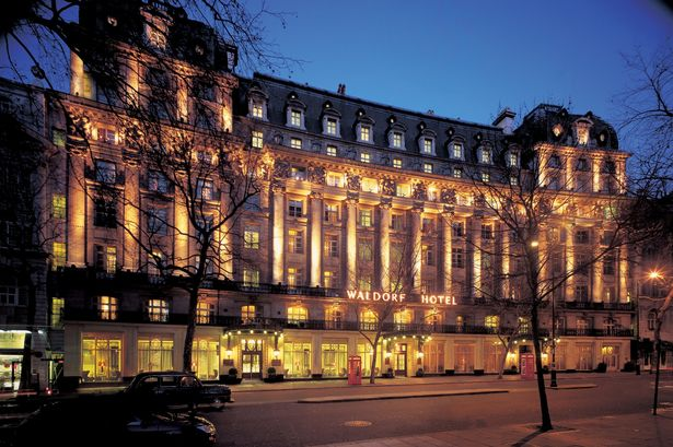 Travel review: Stylish surroundings worth every penny at Waldorf Hilton hotel photo 1