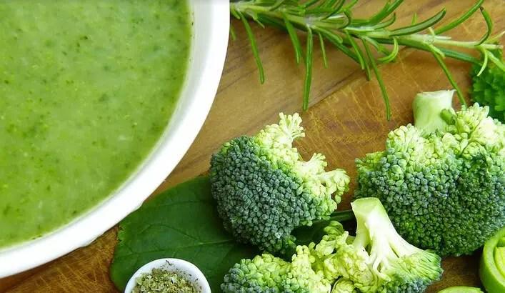 Kemik Sulu Brokoli Çorbası Tarifi Ardanın Mutfağı