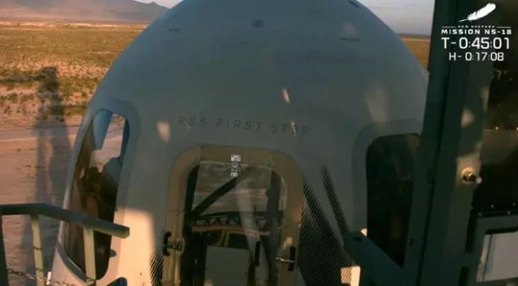 New Shepard ile uzaydaki en yaşlı insan rekoru kırıldı