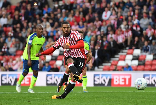 Lewis Grabban of Sunderland scores his side's first goal from the penalty spot