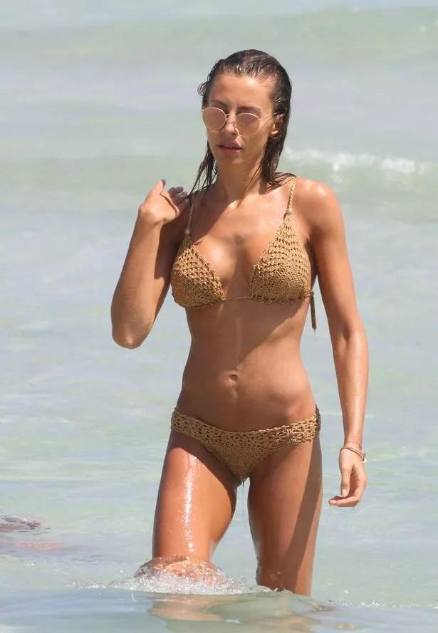 Alessia Tedesshi on the beach