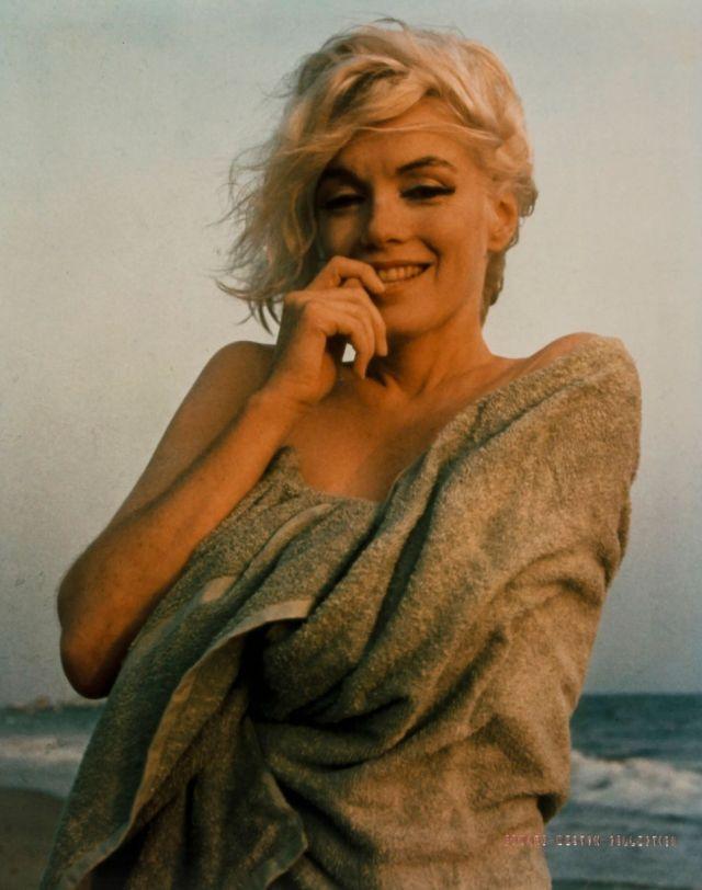 Foto Bugil Marilyn Monroe Yang Perna Hilang Di Galeri LimitedRuns 3