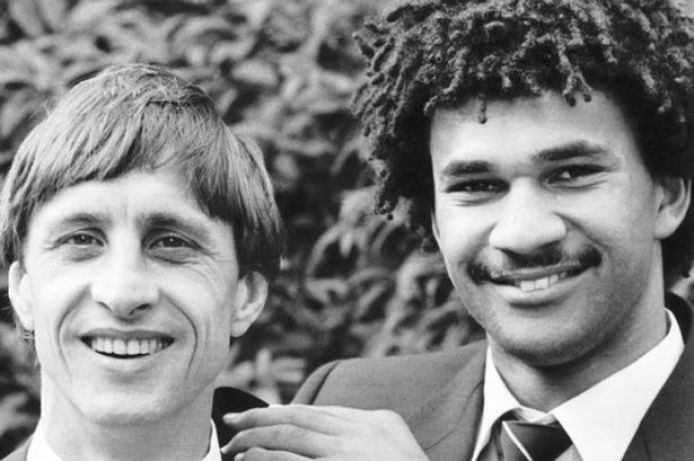 https://i1.wp.com/i2.mirror.co.uk/incoming/article7622643.ece/ALTERNATES/s615/Johan-Cruyff-with-Ruud-Gullit.jpg?resize=694%2C461