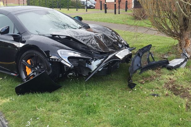 A brand new McLaren 650S Spider ended up as a crumpled mess after it smashed into a tree – less than 10 minutes after it had been delivered in Brentwood