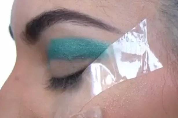 Kardashian Eyes step 3