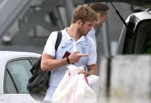 England squad arrive home