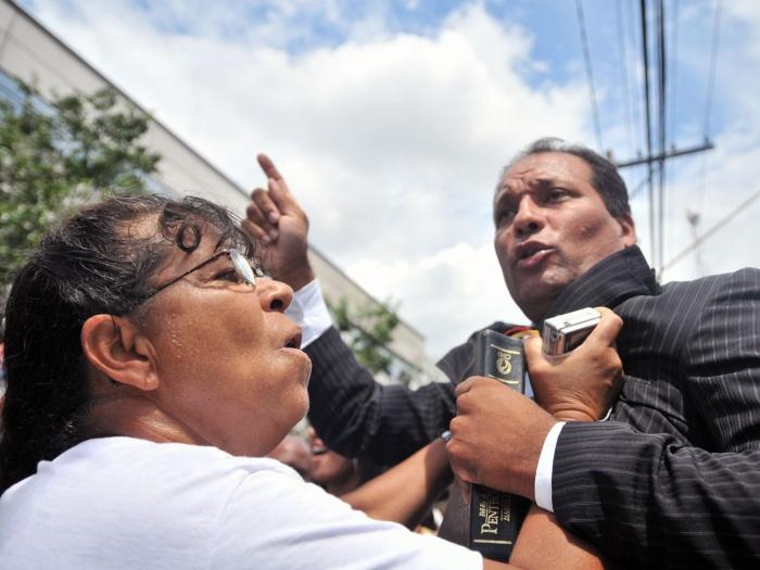 manifestação-forum-santana-g-20100326