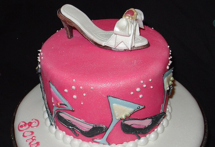 24 Awesome Birthday Cakes For Girls From 18 To 21 Years Cakes And