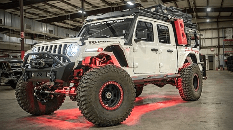 fab fours overland rack maximizes your