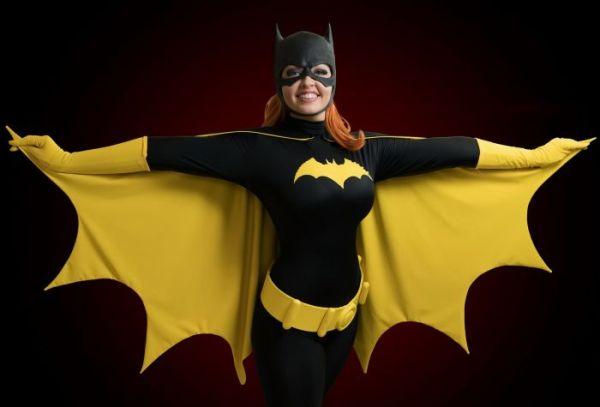 Девушка в костюме Бэтмена - Картинки на рабочий стол