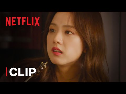 BLACKPINK: Light Up The Sky | BLACKPINK's Jennie & Jisoo Make Tanghulu Clip | Netflix