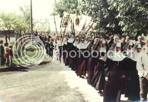 ShevchenkoGroveLviv1990.jpg