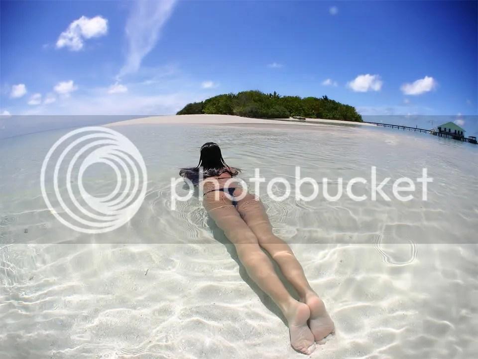 beach-girl photo beach-girl.jpg