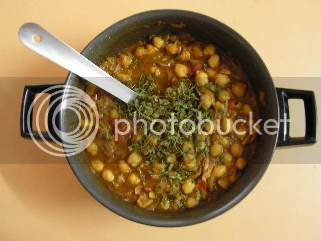 ready to serve chole masala