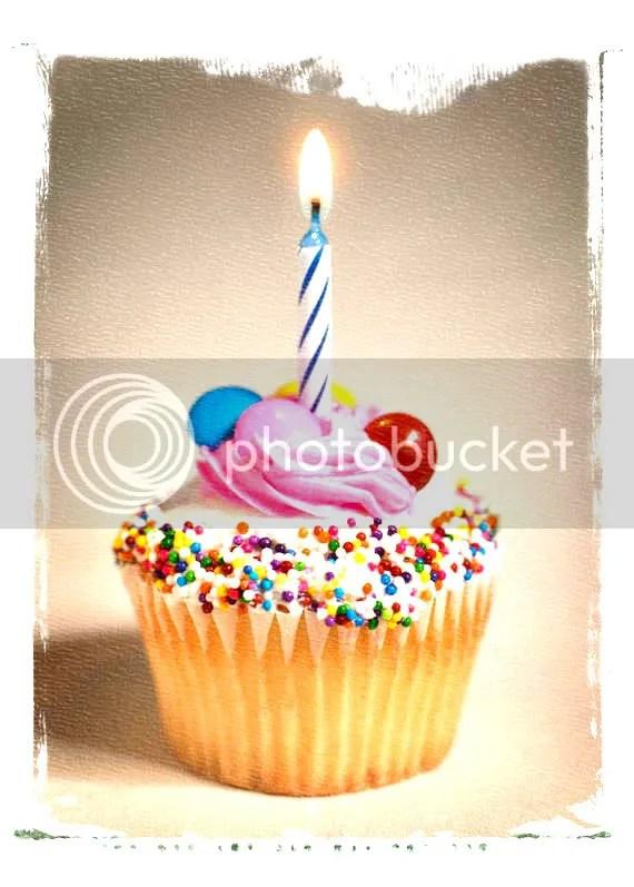 cake-1.jpg B-Day Muffin image by olga_gancarczyk