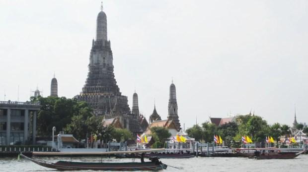 Wat Arun Chao Phraya River