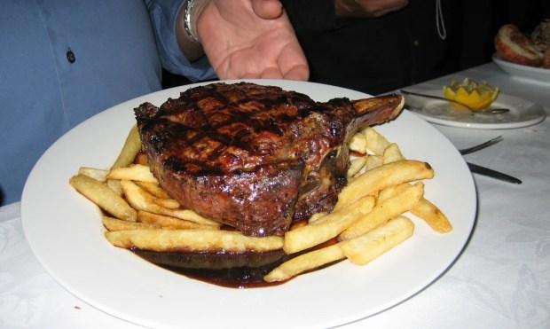 freeway hotel restaurant prime rib