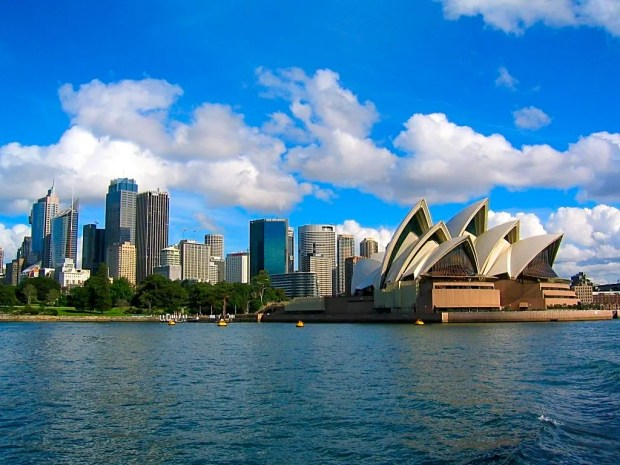 Sydney City Boats Beaches Harbour