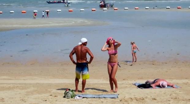bikini Pattaya Beach