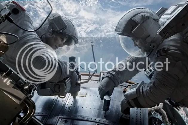 photo gravity-comic-con-2013_zps393b83f0.jpg