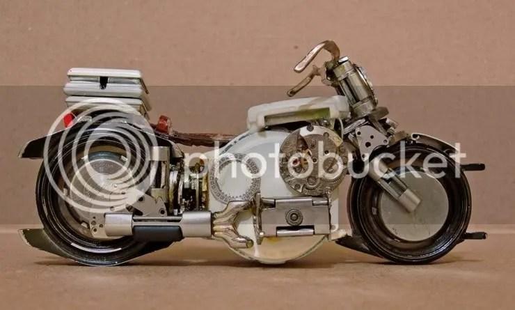 Miniatur Motor Jam Tangan Bekas