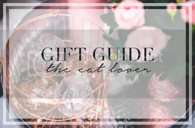 GIFT GUIDE: THE CAT LOVER by Fashion in Flight