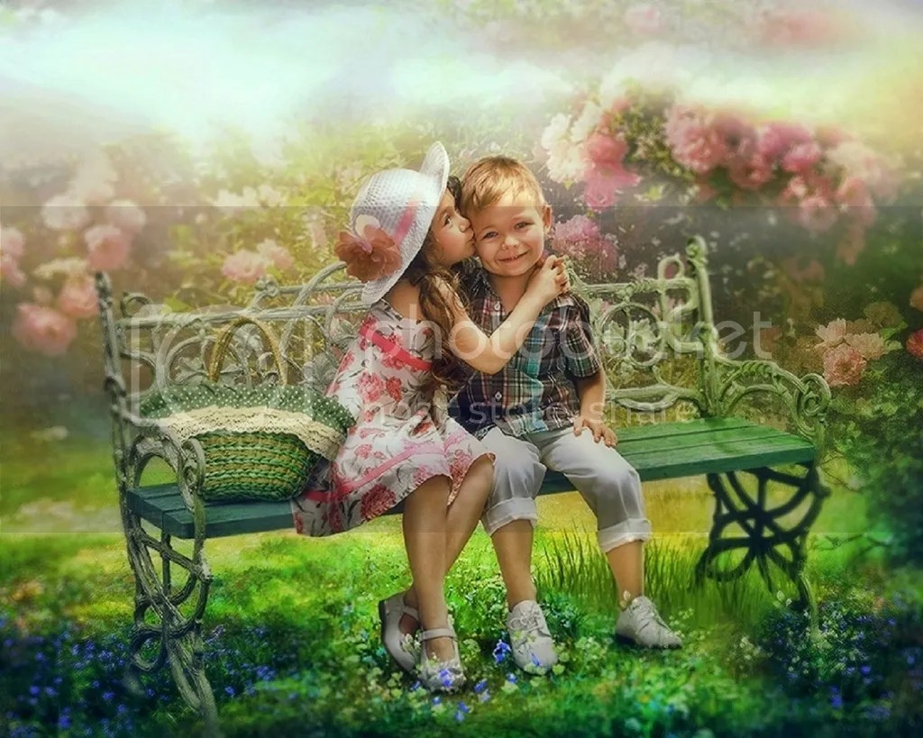 photo Childlike kiss_zpsxtrjp2nt.jpg